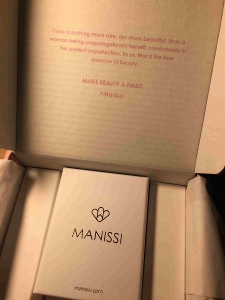 manissi unboxing womm
